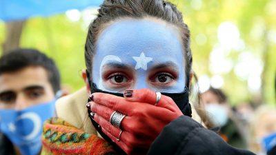 Çin'in Uygur zulmü Brüksel'de protesto edildi