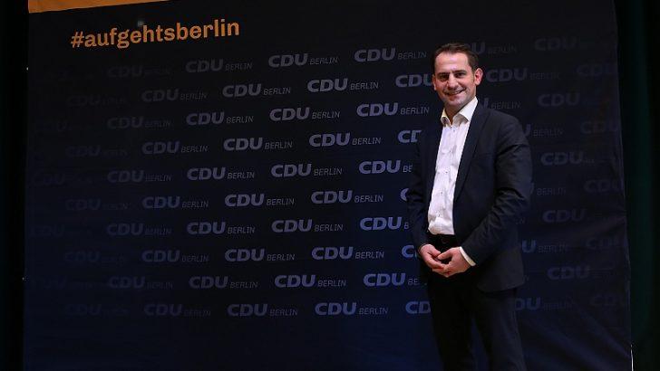 Merkel'in partisinden milletvekili adayı gösterildi