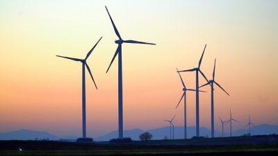 AB'den 300 gigavatlık rüzgar enerjisi hedefi