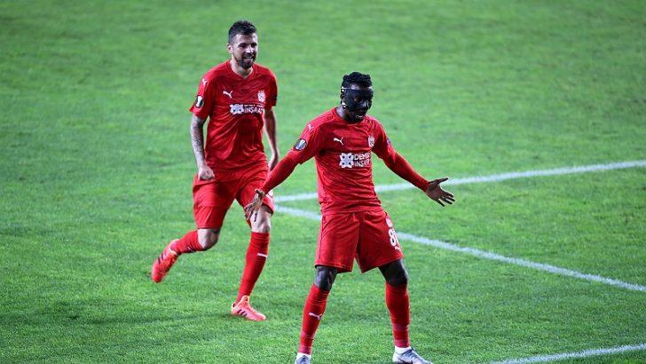 Demir Grup Sivasspor üçüncü maçında kazandı