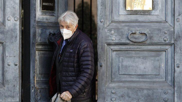 İtalyan gazeteci-yazar Augias, Fransız onur nişanını iade etti