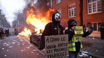 Fransa'da güvenlik yasa tasarısının protestosunda şiddet olayları