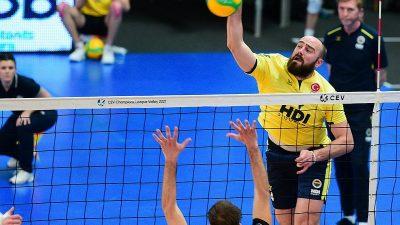 Fenerbahçe HDI Sigorta, Belçikalı rakibini 3-0 yendi