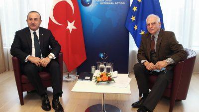 Çavuşoğlu ve AB Yüksek Temsilcisi Borrell Brüksel'de bir araya geldi