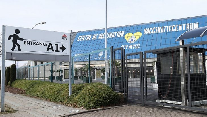 Belçika'daki en büyük aşı merkezi hizmete giriyor