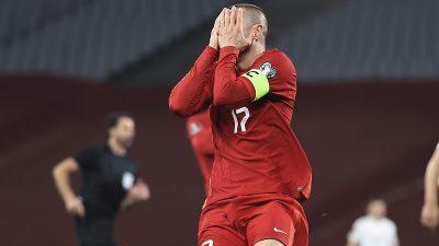 A Milli Futbol Takımı Letonya'yı yenemeyerek geleneği bozmadı