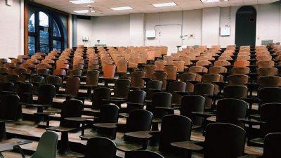 Yüksek öğretim öğrencileri okullara dönüyor