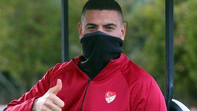 Milli futbolcu Merih Demiral Kovid-19'u atlattı