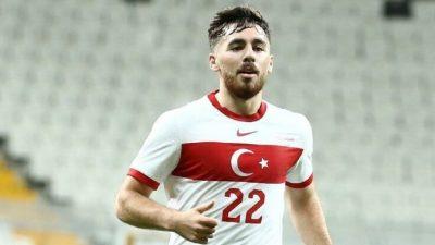 Milli futbolcu Orkun Kökçü'nün koronavirüs testi pozitif çıktı