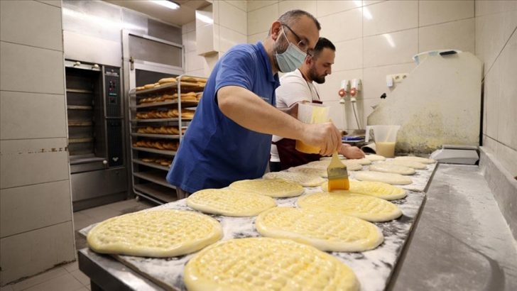 """Osmanlı'nın """"askıda ekmek"""" geleneği Brüksel'de yaşatılıyor"""