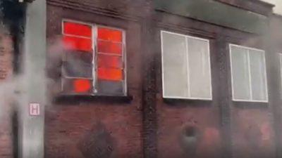 Schaerbeek'teki eski okulun çatısı kül oldu