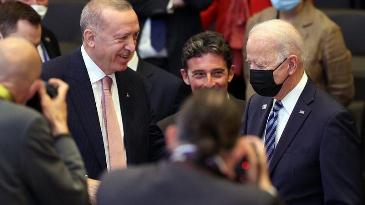 Cumhurbaşkanı Erdoğan, NATO Zirvesi ana oturumuna katıldı