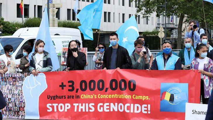 """Brüksel'de """"Uygur Soykırımını Durdurun"""" protestosu"""