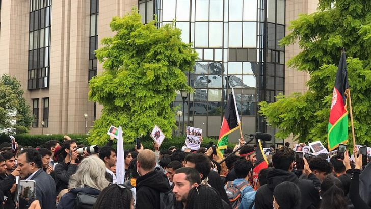 Belçika'nın başkenti Brüksel'de Taliban karşıtı protesto düzenlendi