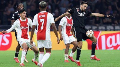 Ajax, konuk ettiği Beşiktaş'ı 2-0 yendi