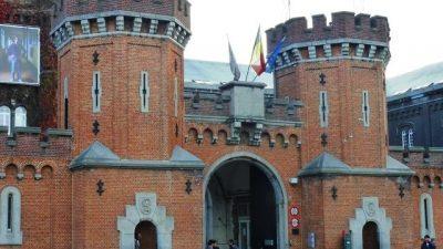 Belçika'da sığınmacı kabulünden sorumlu merkezde imkan kısıtlılığı nedeniyle grev yapılıyor