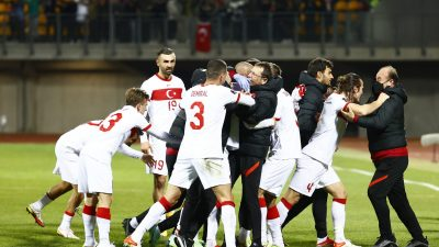 Türkiye, deplasmanda Letonya'yı 2-1 mağlup etti